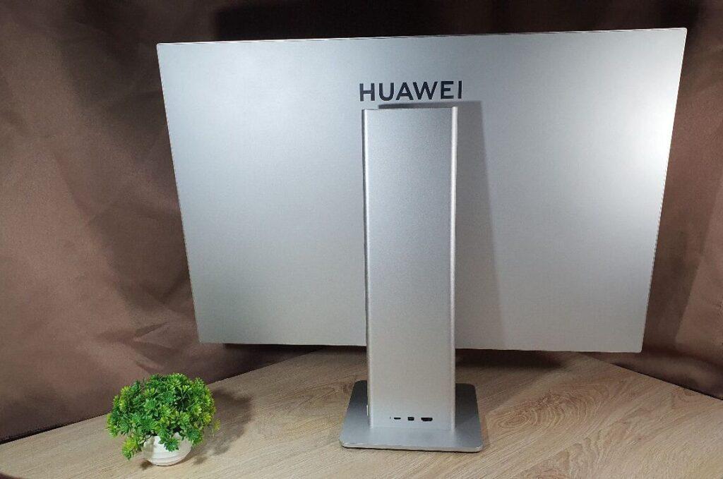 Huawei MateView Review rear slim