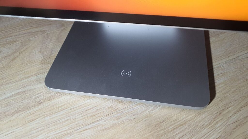 Huawei MateView Review base