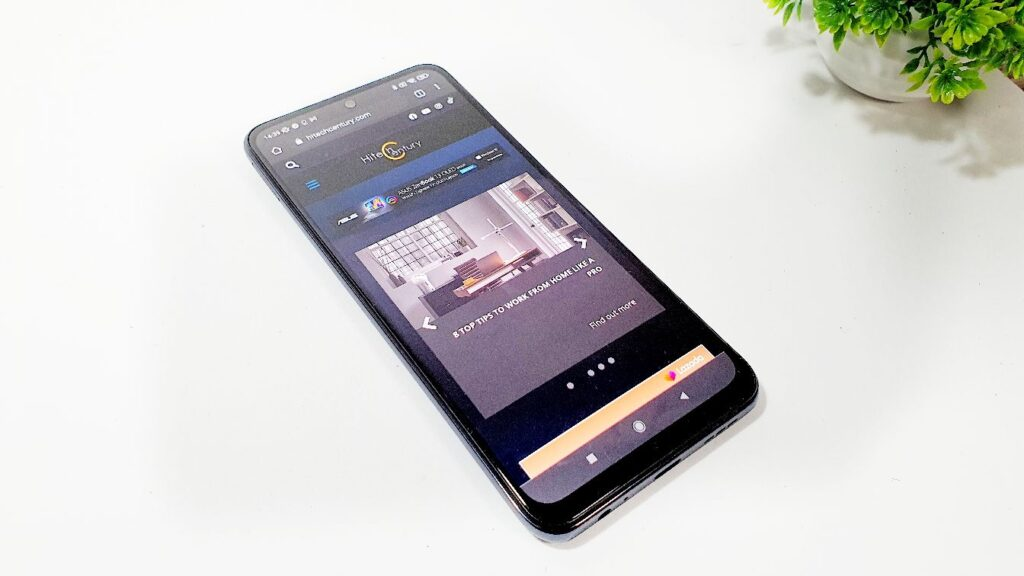 Xiaomi Redmi Note 10S Review angled
