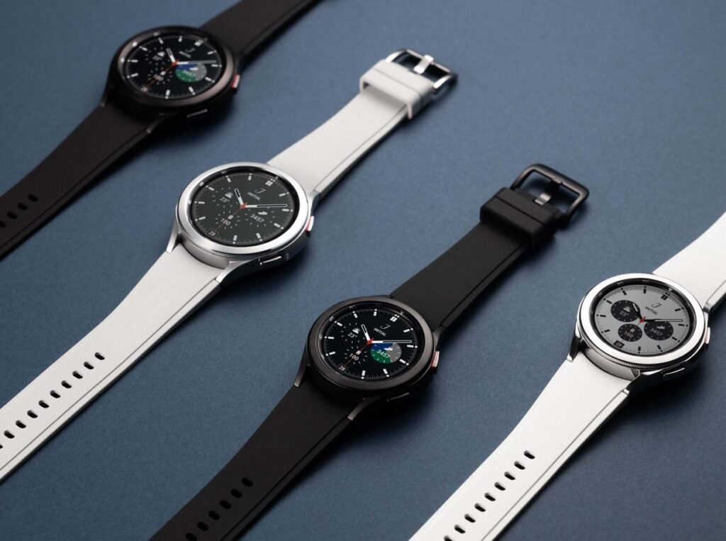 Galaxy Watch4 and watch4 classic in black and silver