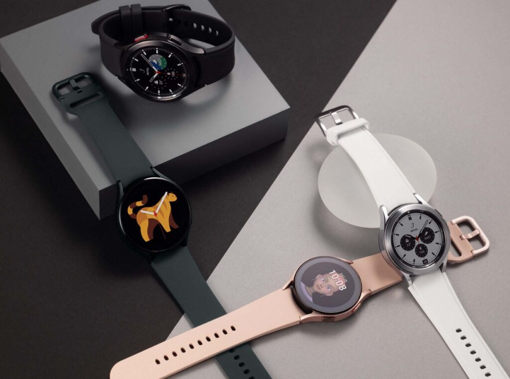Galaxy Watch4 green pink gold classic in black and silver