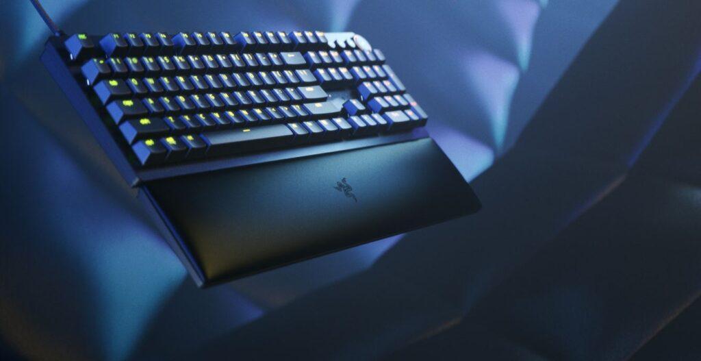 Razer Huntsman V2 Keyboard angled