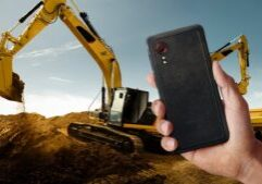 Samsung Galaxy XCover 5 Enterprise Edition phone work site