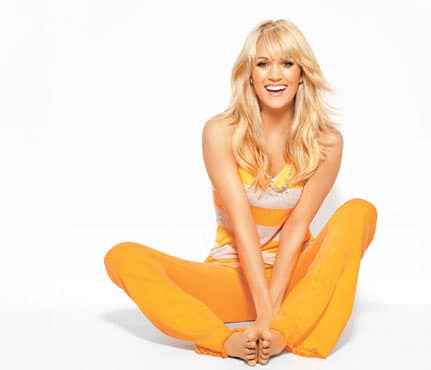 """Carrie Underwood is a super hero for Brad Paisley's """"Crushin' It"""" music video"""