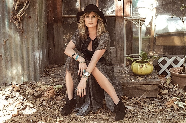 Jennifer Nettles records new theme song for Oprah Winfrey's OWN Network