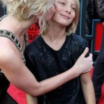 Kellie Pickler gives her little brother a big kiss