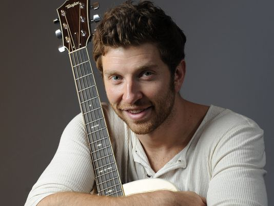 Brett Eldredge made out during Toy Story?!