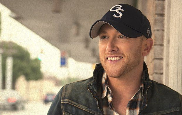Cole Swindell pays some tribute to Shenandoah
