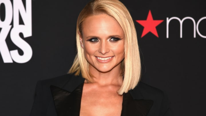 """Read more about the article Miranda Lambert defends """"Bro Country"""""""