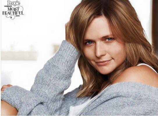 Miranda Lambert without make up is different than you might think