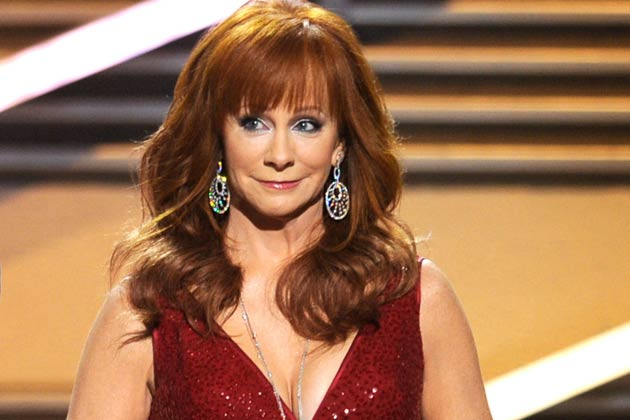 Spotted: Reba Hangs Out with a New Man in Disney World