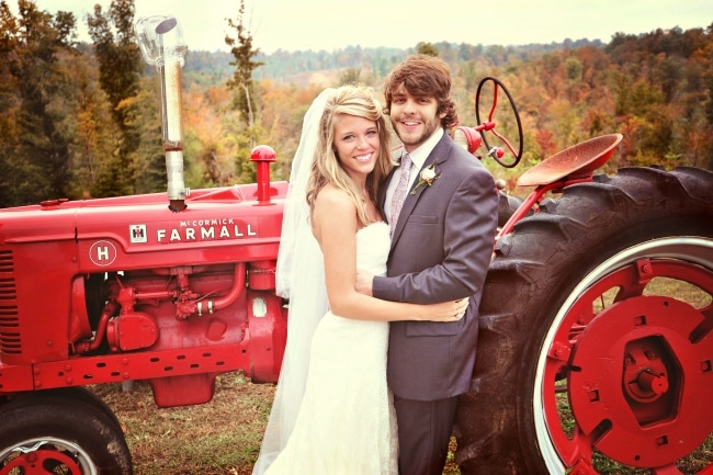 Read more about the article Thomas Rhett's wife proves she was with him way before it was cool