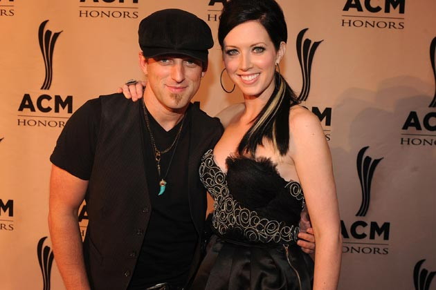 Read more about the article Thompson Square involved in bus crash!