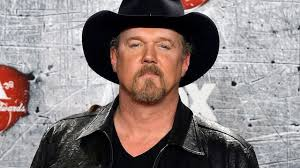 Trace Adkins scores new record deal!