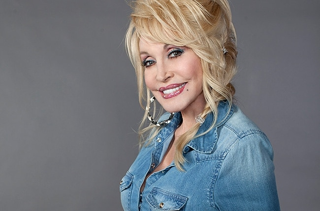 Dolly Parton Renewed Her Wedding Vows…and is Selling the Photos for Charity