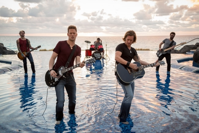 Read more about the article Are these artists worth seeing on the Florida Georgia Line Cruise?