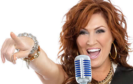 Jo Dee Messina is what's missing from award show performances