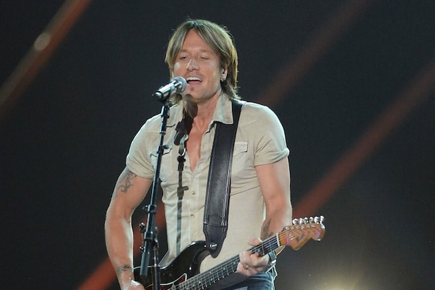 Read more about the article Have you heard Keith Urban on Jason Derulo's new single?