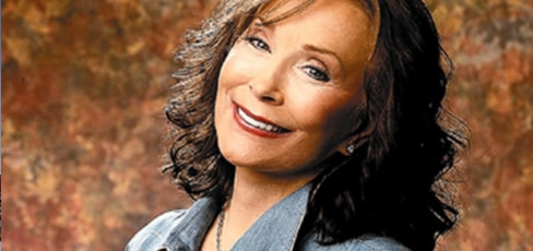 Loretta Lynn to receive Star on Music City's Walk Of Fame
