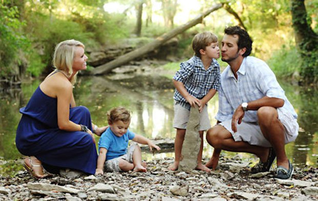 Read more about the article No one likes Luke Bryan's new single as much as his sons…