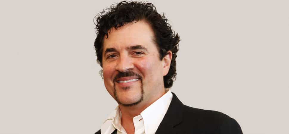 Scott Borchetta has to do MAJOR Damage Control after a Taylor Swift Rock n Rio issue…