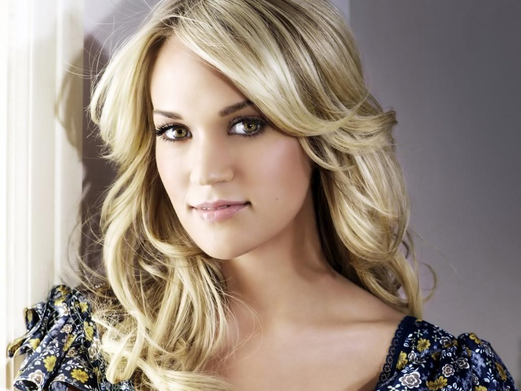 Read more about the article Carrie Underwood makes a tweet new friend