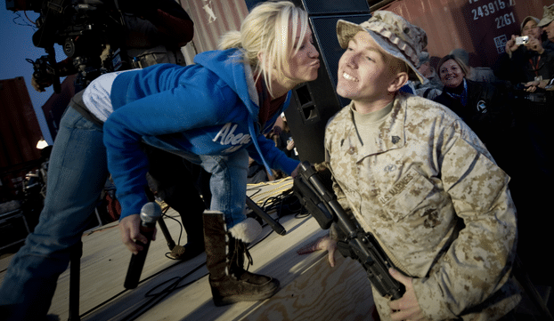 """Read more about the article Kellie Pickler to Receive First """"Chris Kyle Patriot Award"""""""