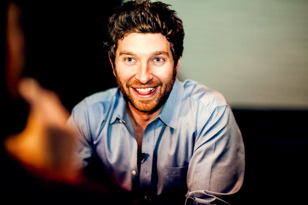 Read more about the article Man, that Brett Eldredge is one foxy man