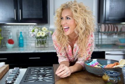 Little Big Town's Kimberly stands out for being a good person….