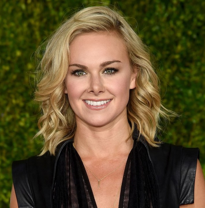 Laura Bell Bundy got pooped on at the Tony Awards