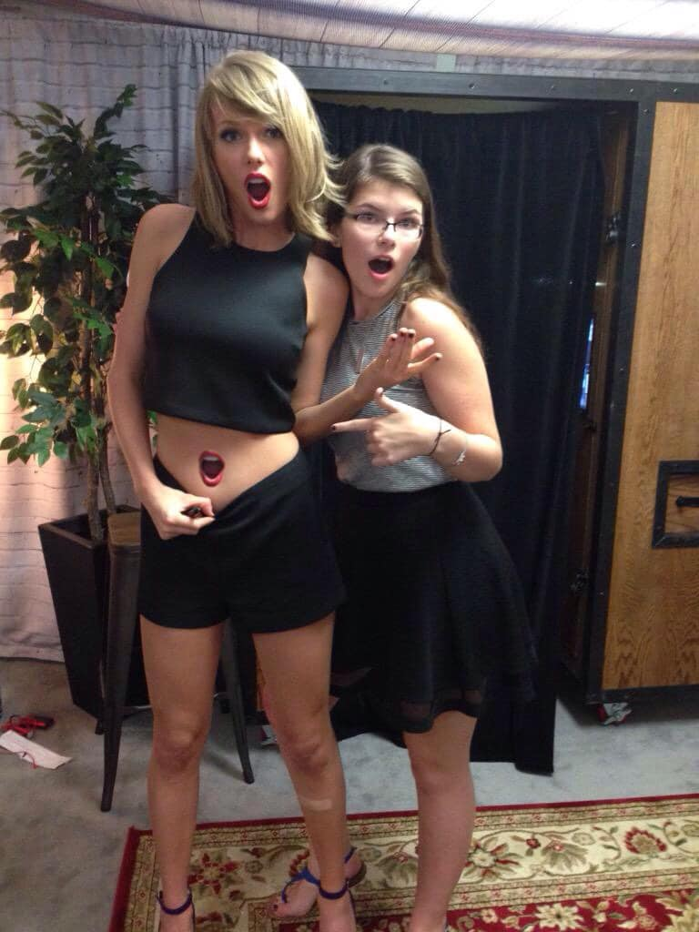 Taylor Swift Belly button 2