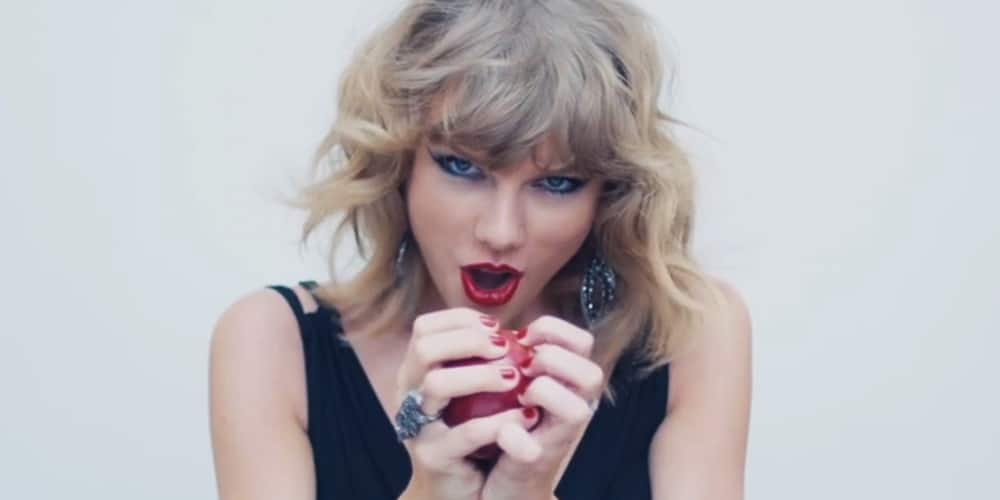 Read more about the article Taylor Swift will now stream her music on Apple's music service