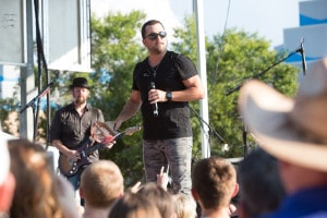 Tyler Farr Opry Plaza party Hollo 9003 6-9-15