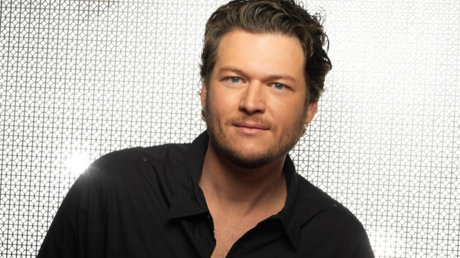 """Blake Shelton Covers """"Forever Young"""" for Upcoming Movie """"Max"""""""