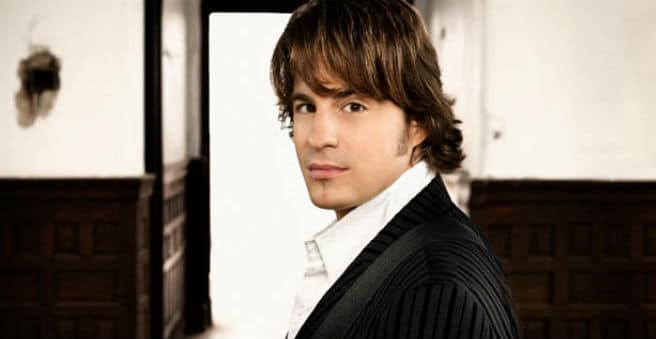 """Read more about the article Why You Should Read Jimmy Wayne's Book """"Walk to Beautiful"""""""