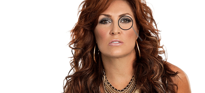 Jo Dee Messina Gets Called Out at Nashville Airport