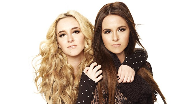 "Megan & Liz Give an Acoustic Twist to ""House Party"""