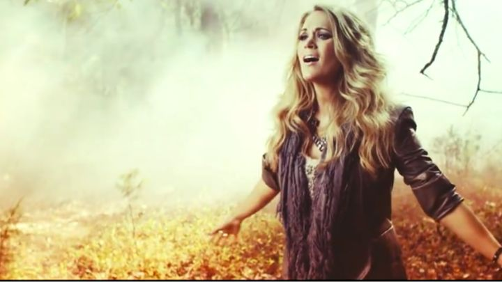 Carrie Underwood looks smoking hot on the set of new video