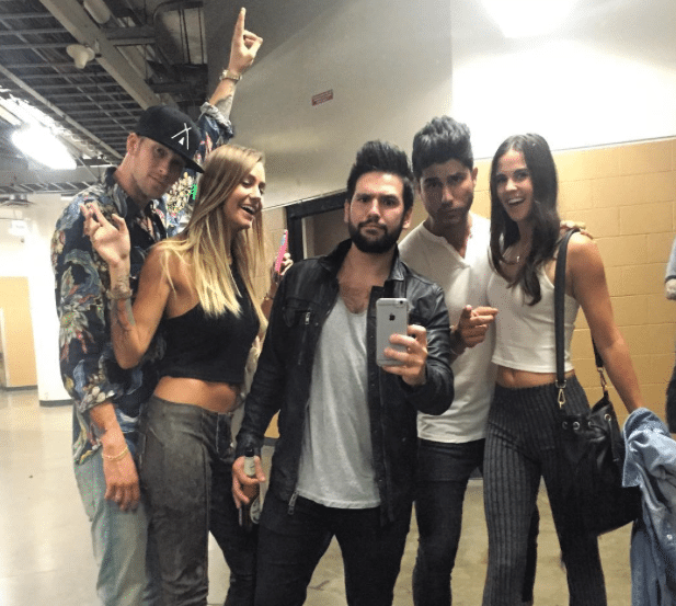 Shay Mooney is the ultimate 5th wheel thanks to Dan and Brian Kelley…