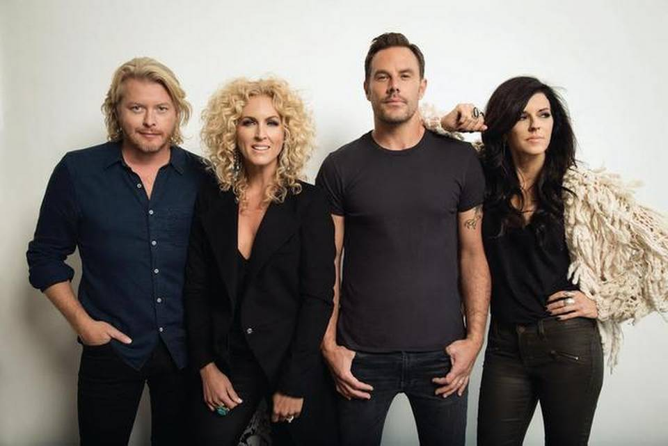Little Big Town Performs National Anthem at NCAA National Championship Game