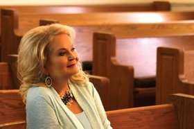 Funeral arrangements for Lynn Anderson announced