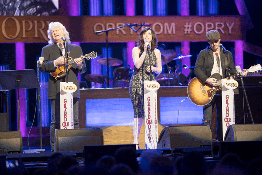 Read more about the article Ricky Skaggs joins Thompson Square for surprise Grand Ole Opry performance