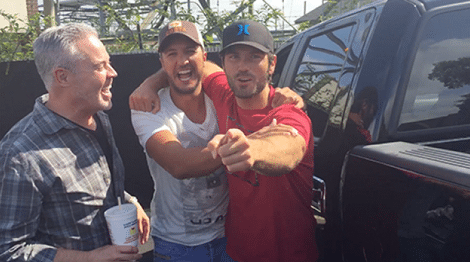 Luke Bryan Pranks Chuck Wicks and It's Hilarious