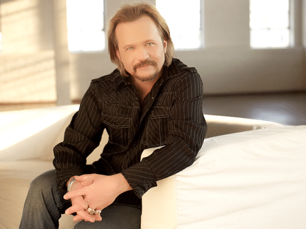 Travis Tritt shares photo of playground fire aftermath