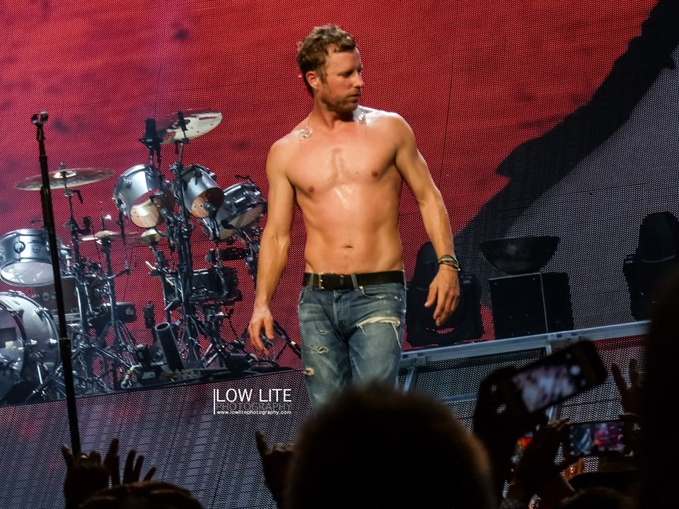 This is What Dierks Bentley Looks Like Shirtless… You're Welcome