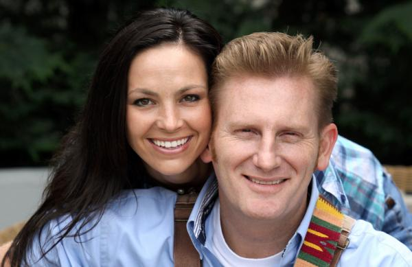 Joey and Rory Feek back in the studio recording new album