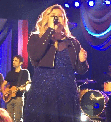 kelly-clarkson-4th-of-july