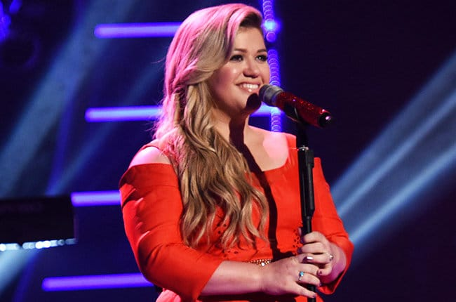 Kelly Clarkson to Grand Marshal Nashville Christmas Parade