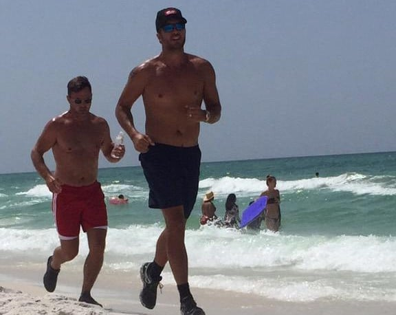Turns Out Luke Bryan Also Looks Pretty Good Shirtless…