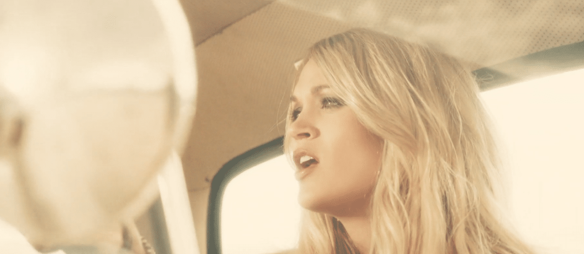 Read more about the article Watch Carrie Underwood's new video for 'Smoke Break' now